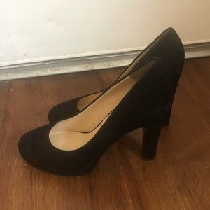 *Nine West Black Faux Suede Pumps 7.5